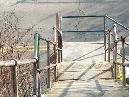 staircase-3-12-09-4.jpg